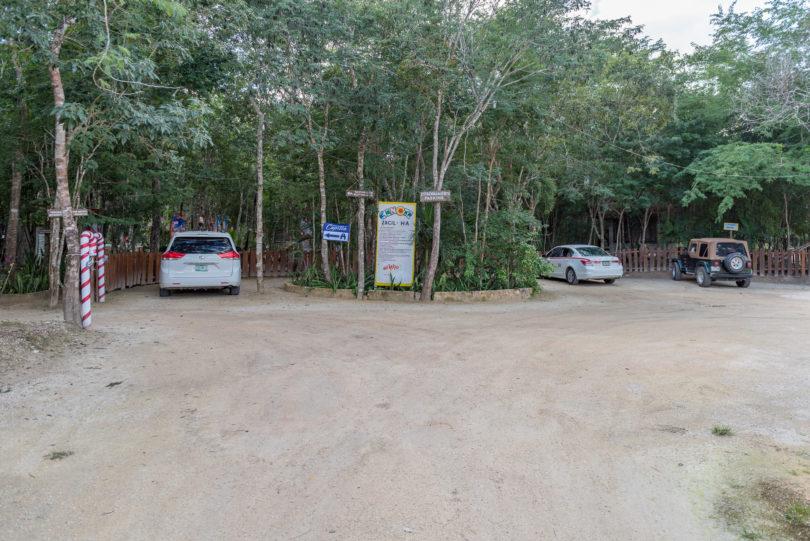 Parkplatz Cenote Zacil Ha